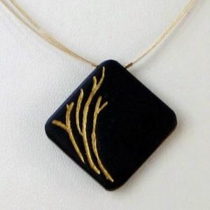 collier brindilles ébène dorées blue baobab